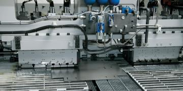 The sheet metal industry is a mature and competitive business. Ensuring efficiency and making use of every resource is important to stay competitive. This article highlights automation options in sheet metal processing.